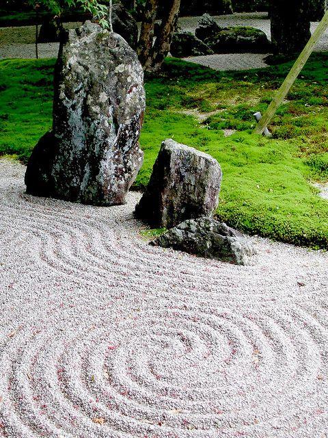 Thiết kế thi công sân vườn Nhật Bản