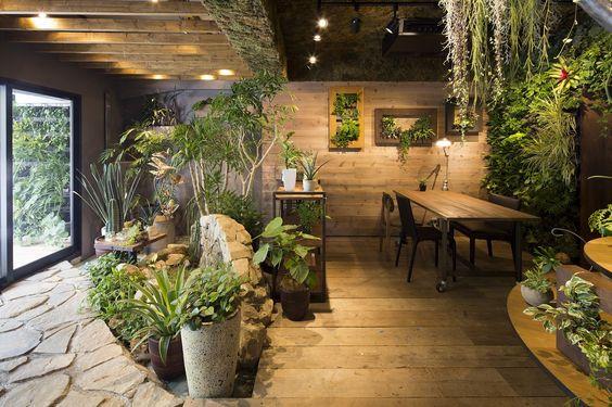 thiết kế thi công cây xanh nội thất